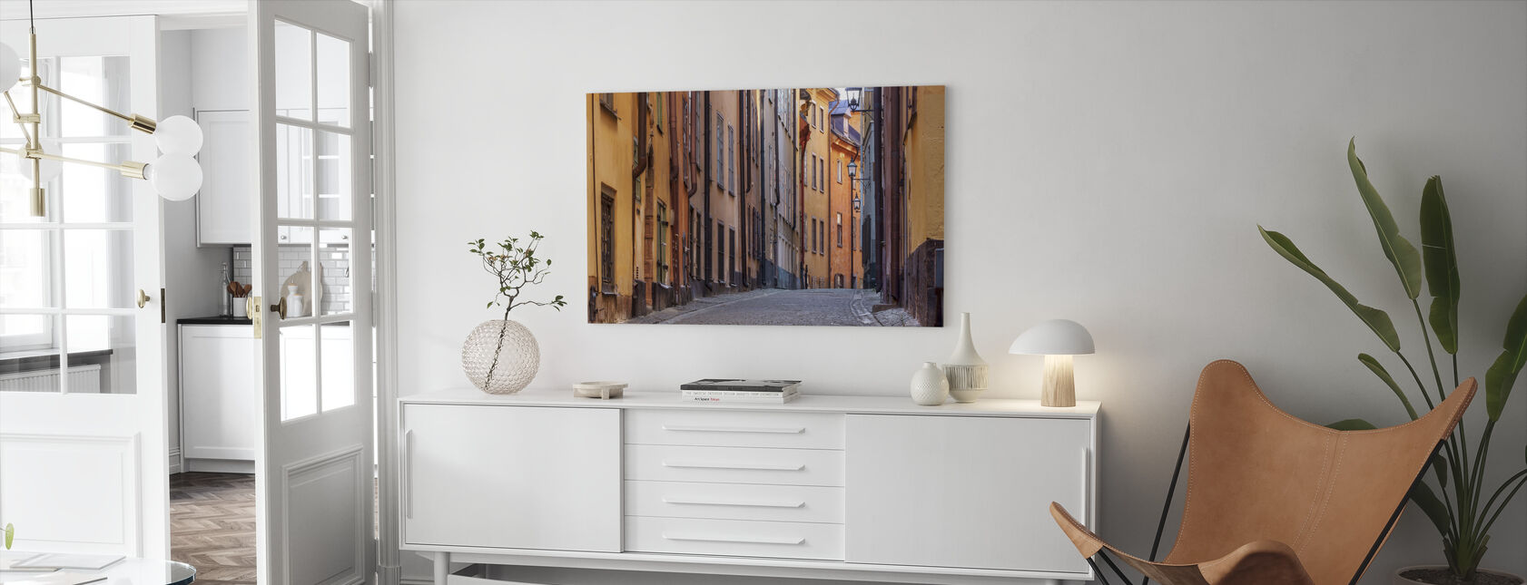 Straat in de oude binnenstad van Stockholm - Canvas print - Woonkamer