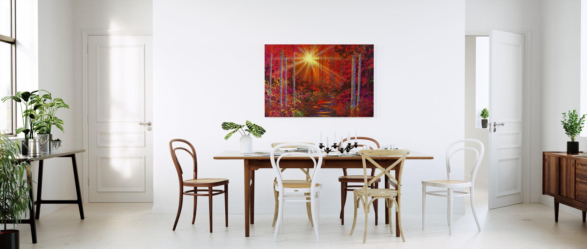 Crimson metsä - Canvastaulu - Keittiö