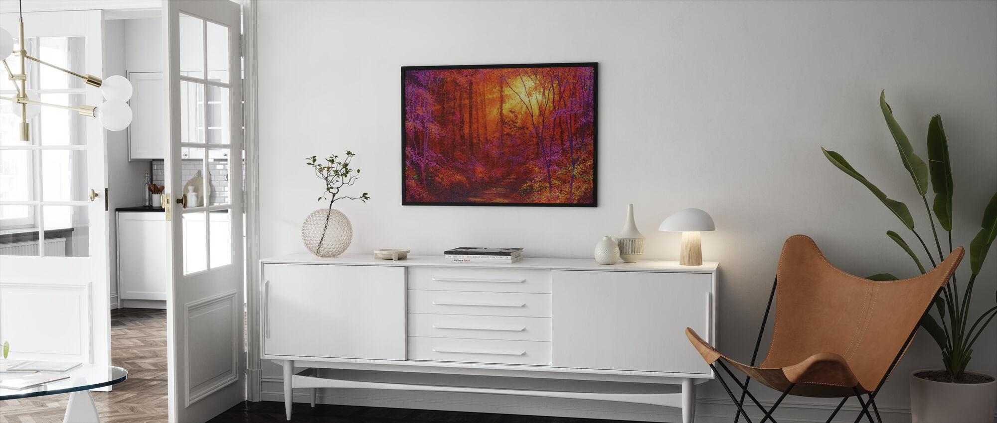 Ruby Metsä - Kehystetty kuva - Olohuone