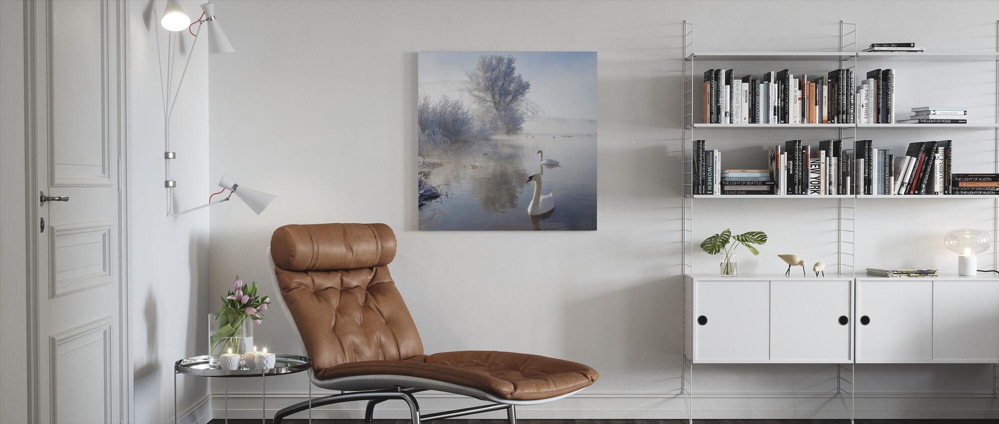 Eisiger Schwanensee - Leinwandbild - Wohnzimmer