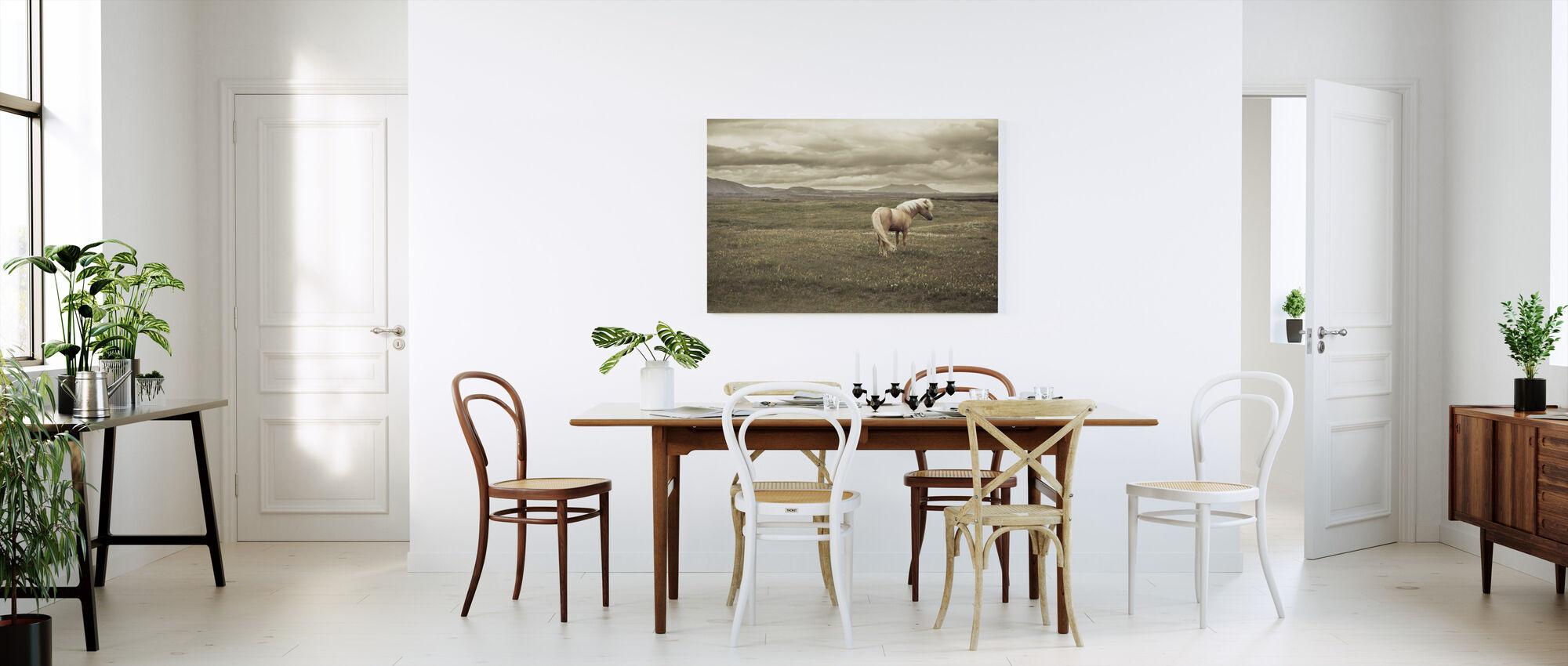 Islannin hevonen - Canvastaulu - Keittiö