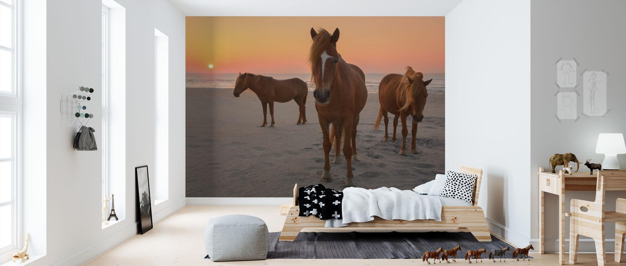 Kastanienpferde am Sunset Beach - Tapete - Kinderzimmer
