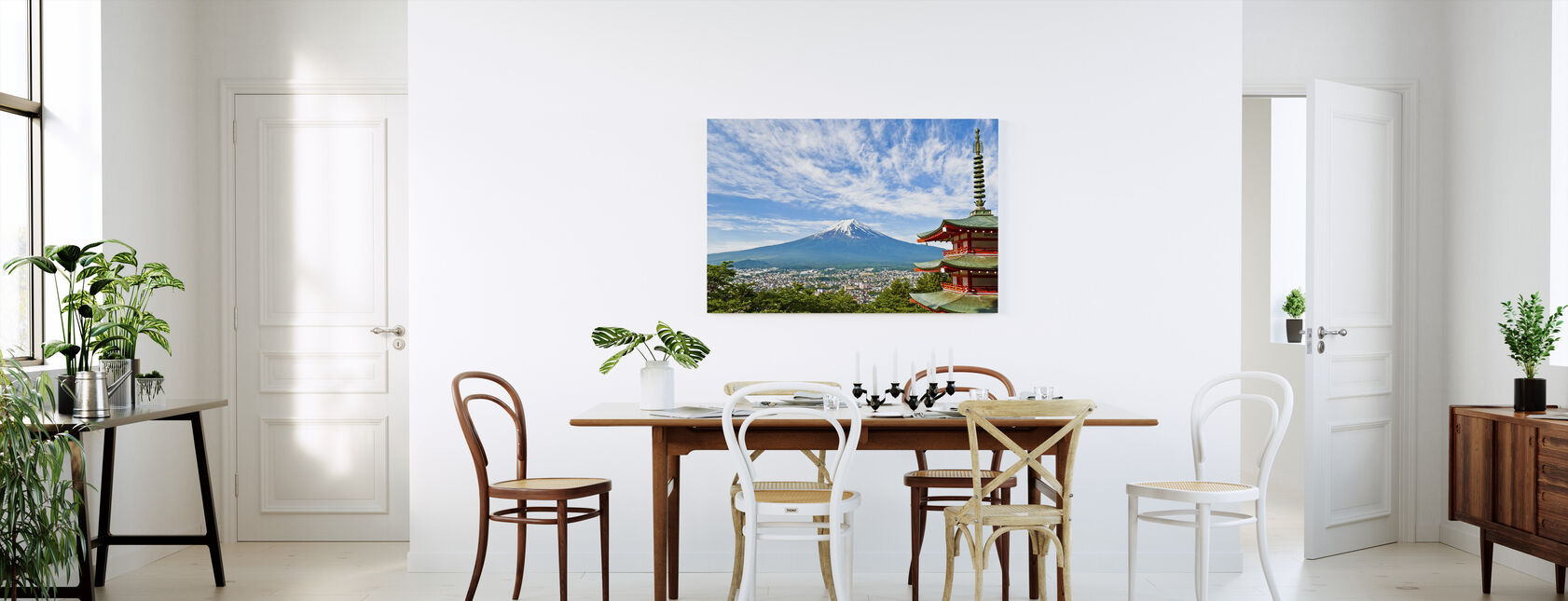 Ved foten av Mount Fuji - Lerretsbilde - Kjøkken
