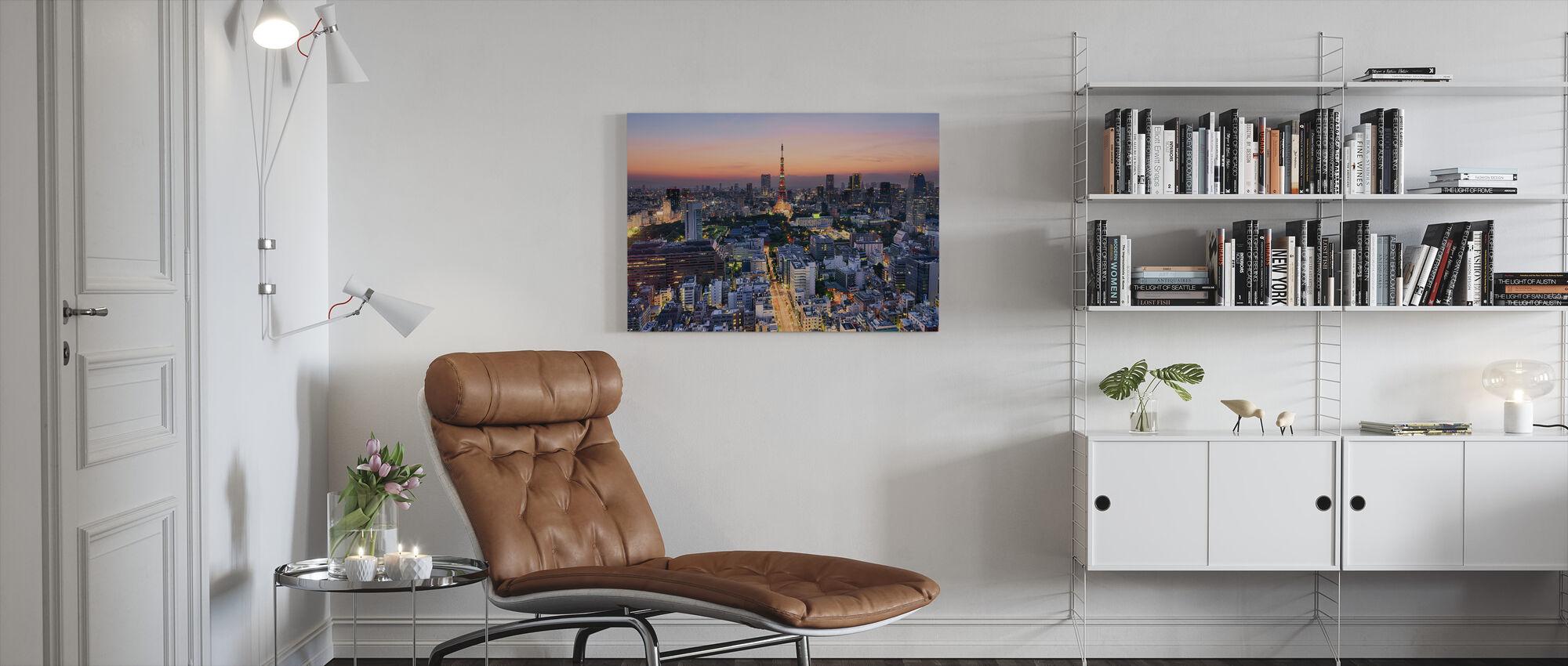 Tokio op een hete zomeravond - Canvas print - Woonkamer