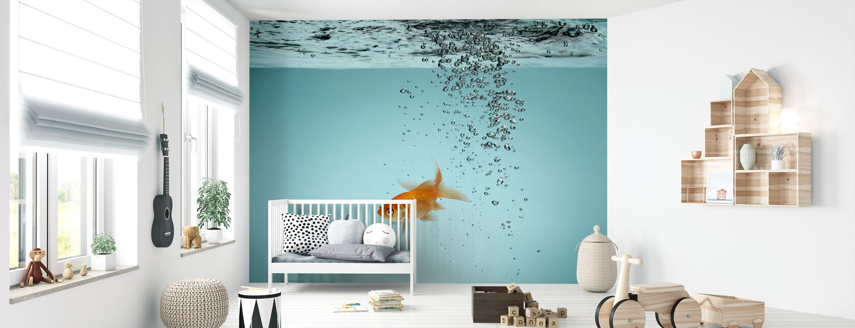 Lone Goldfish - Wallpaper - Nursery