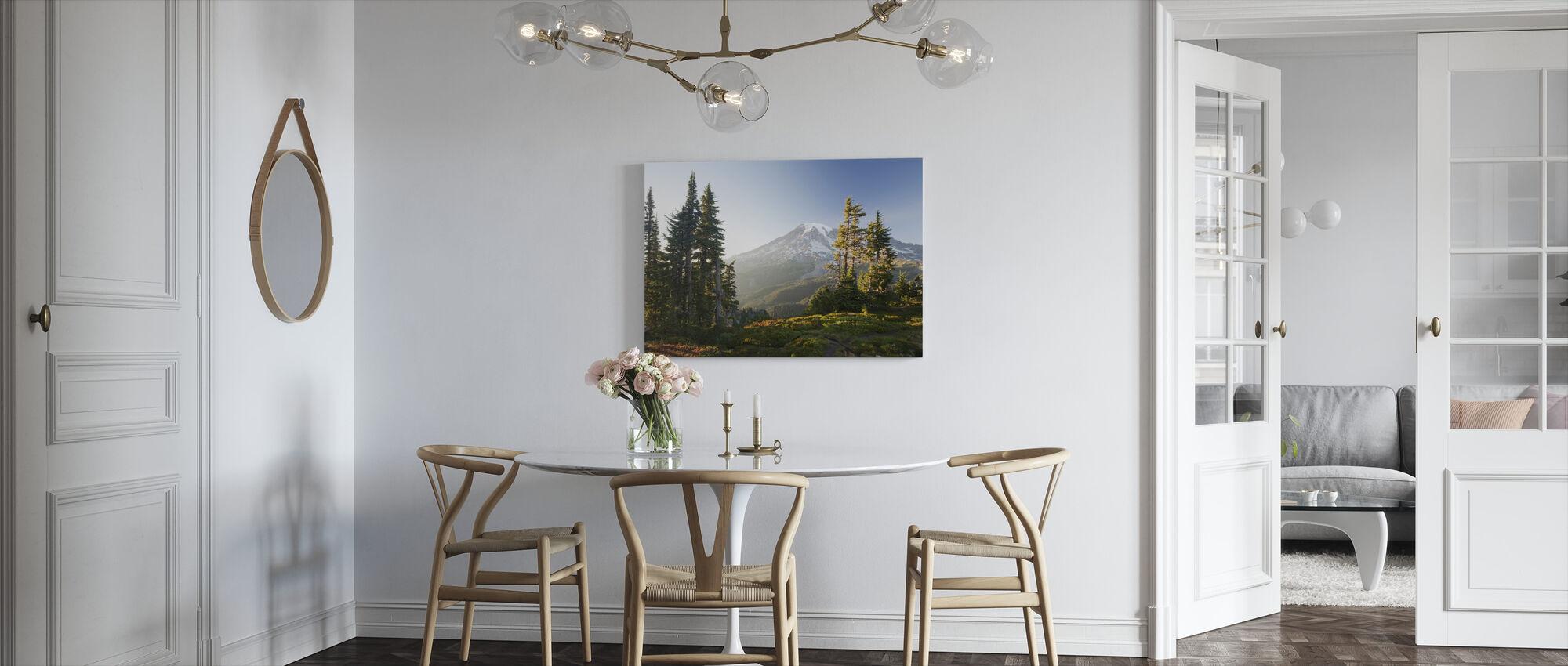 Mount Rainier und Alpenwald bei Sonnenuntergang - Leinwandbild - Küchen