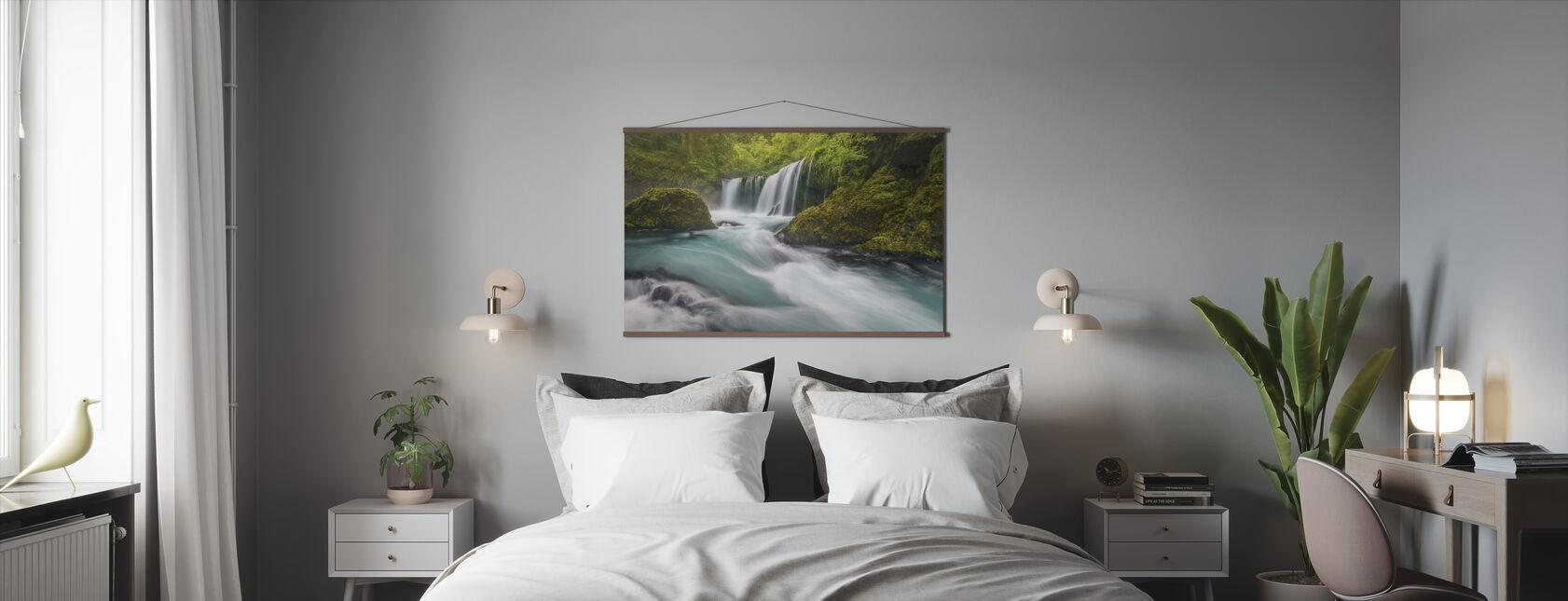 Spirit Falls - Poster - Bedroom