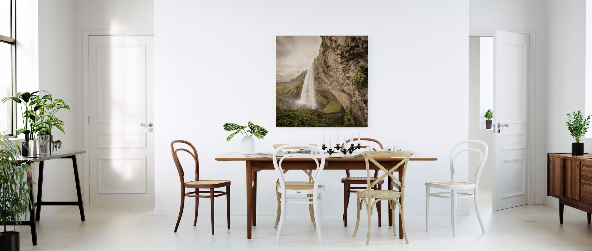 The Power of Seljalandsfoss - Canvas print - Kitchen