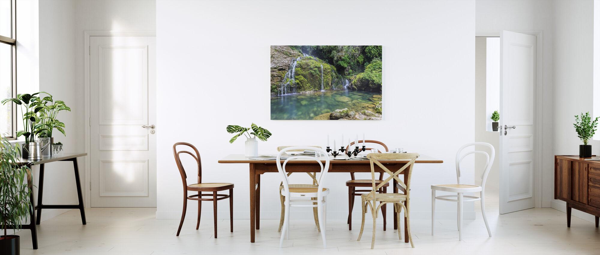 Woda z góry - Obraz na płótnie - Kuchnia