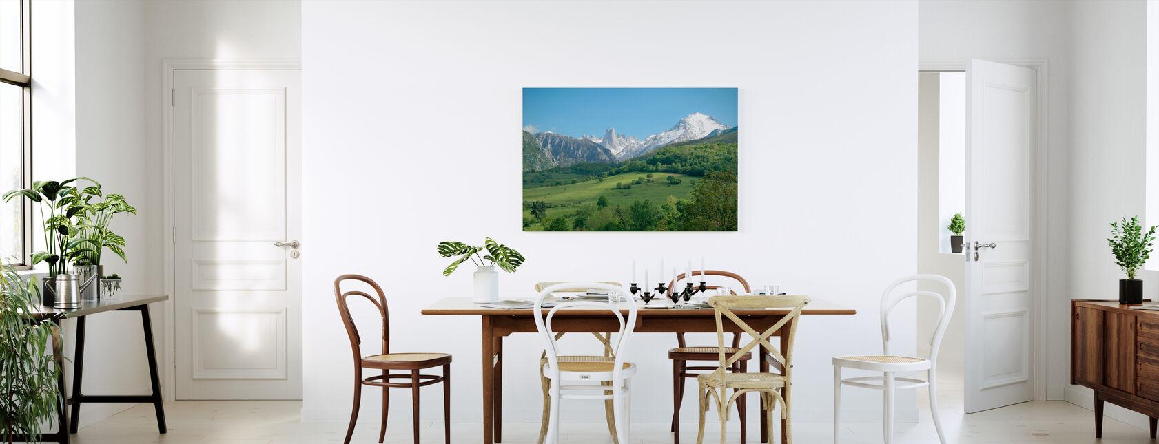 Stora kalksten Peak - Canvastavla - Kök