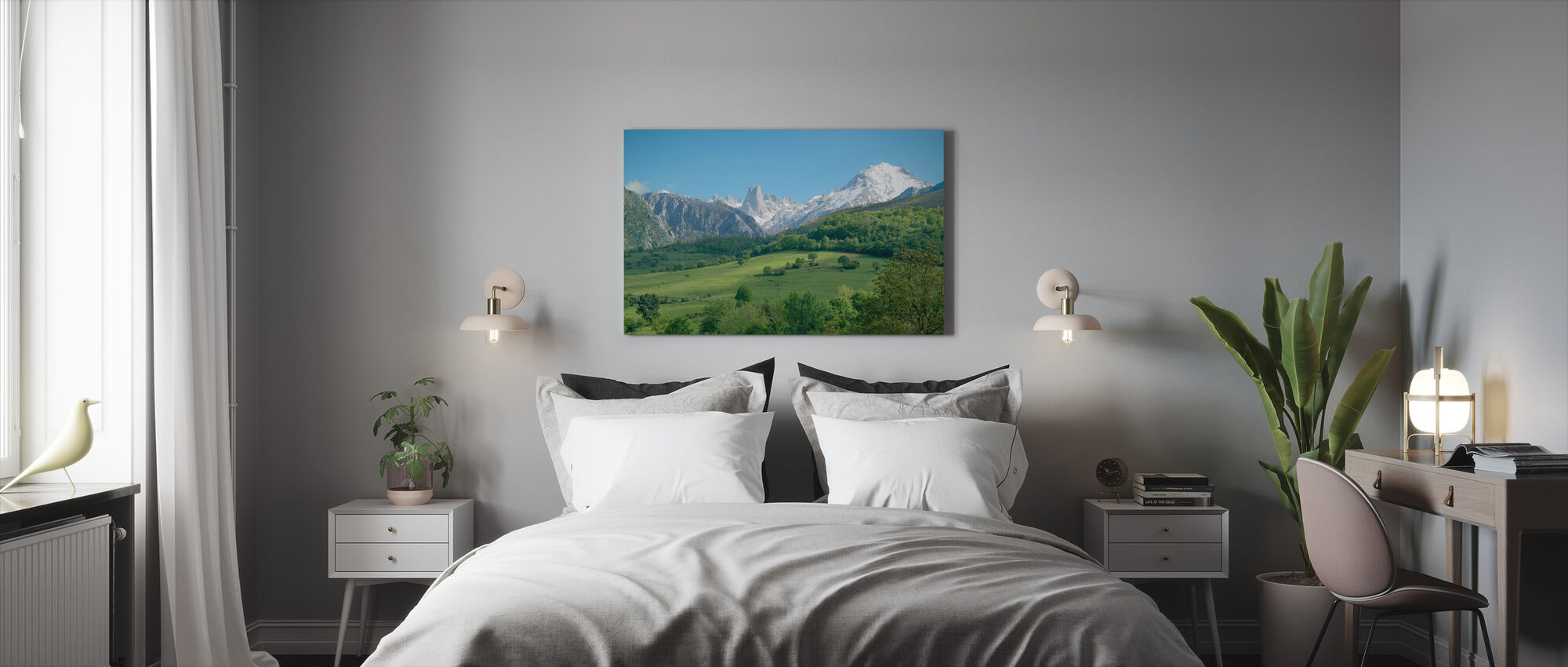 Great Limestone Peak - Canvas print - Bedroom