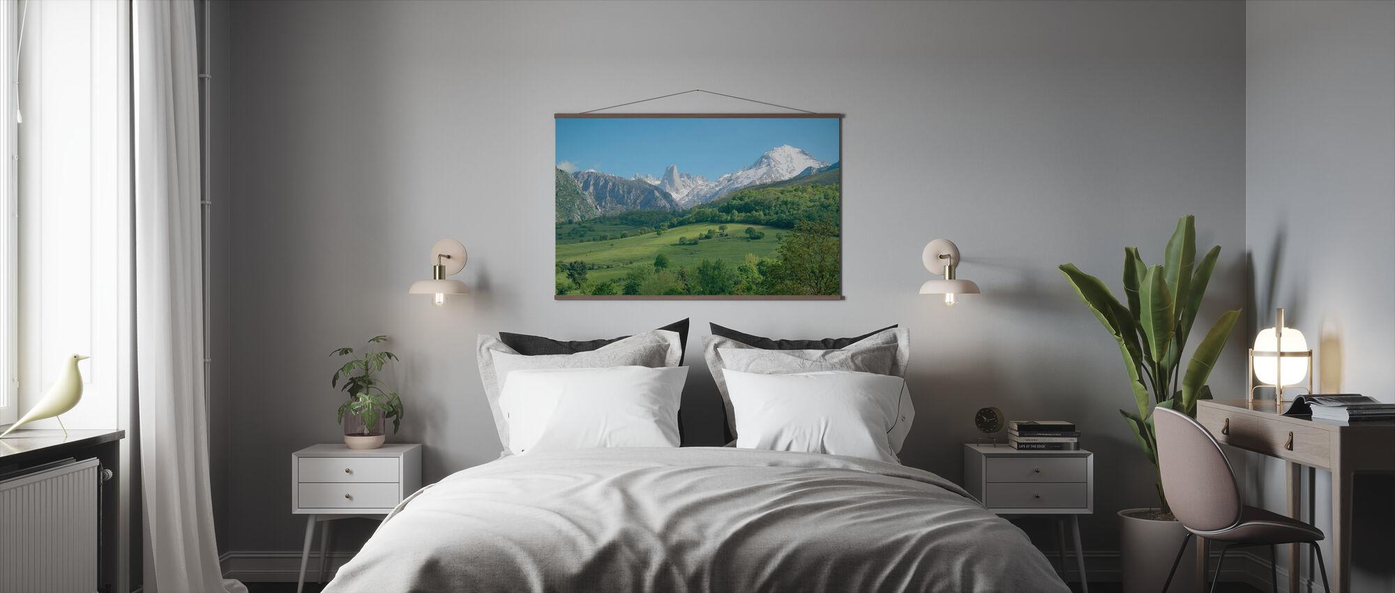 Great Limestone Peak - Poster - Bedroom