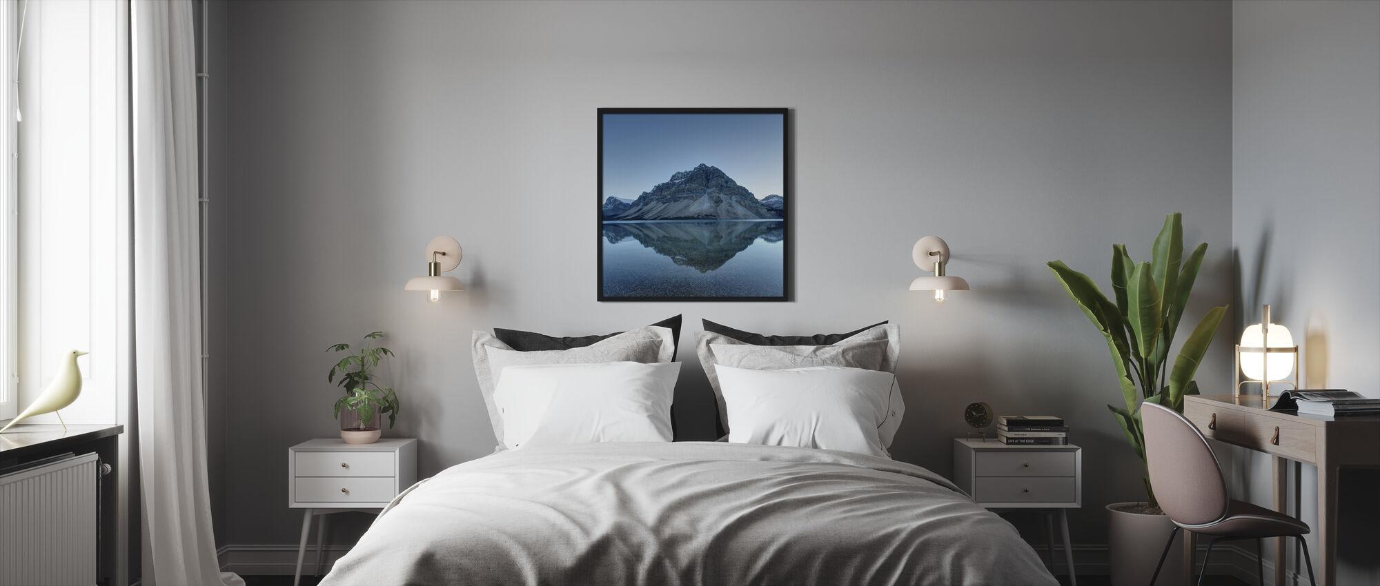 Lugn sjöyta - Inramad tavla - Sovrum