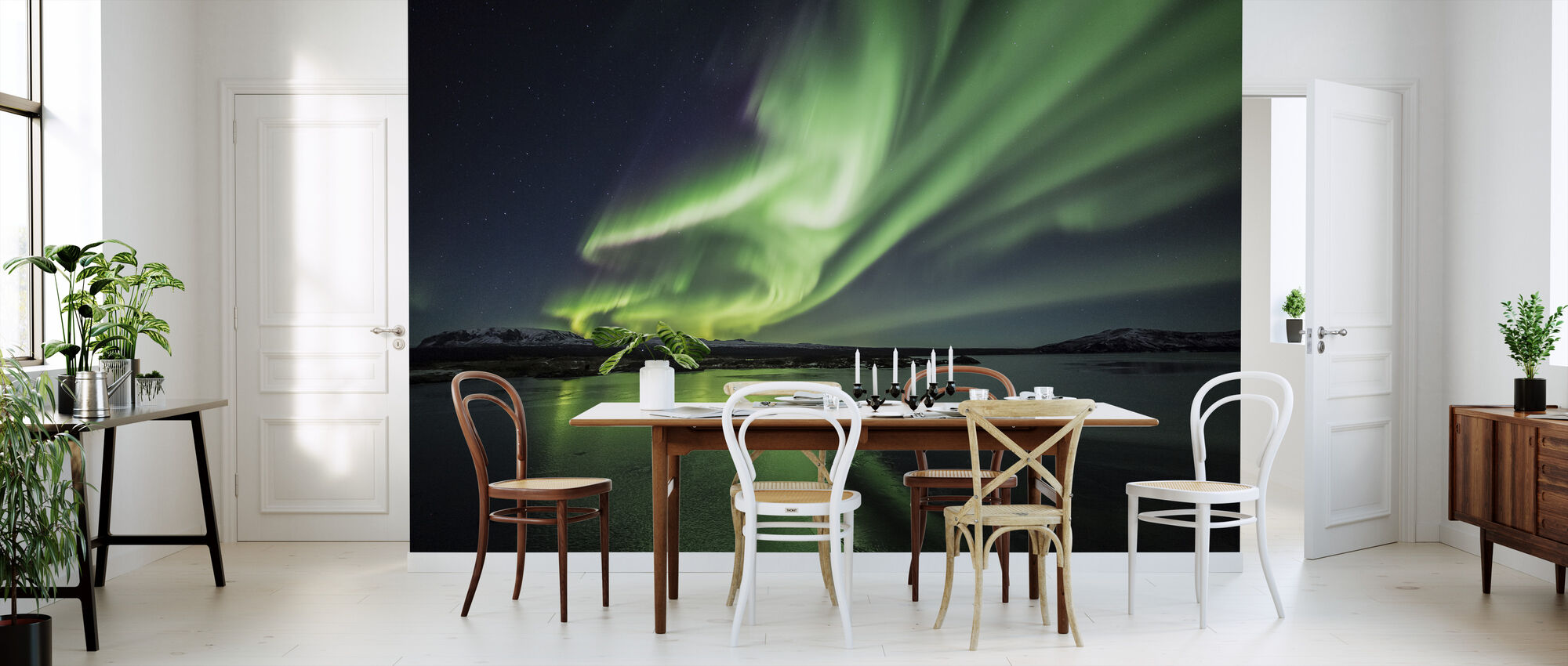 Enchanting Aurora Borealis - Wallpaper - Kitchen