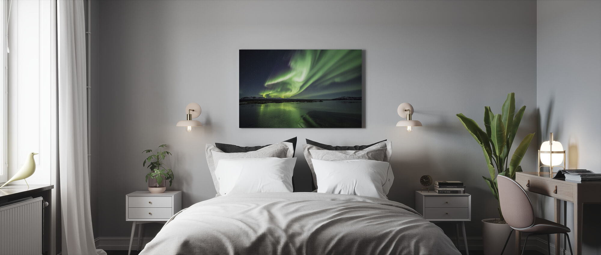 Enchanting Aurora Borealis - Canvas print - Bedroom