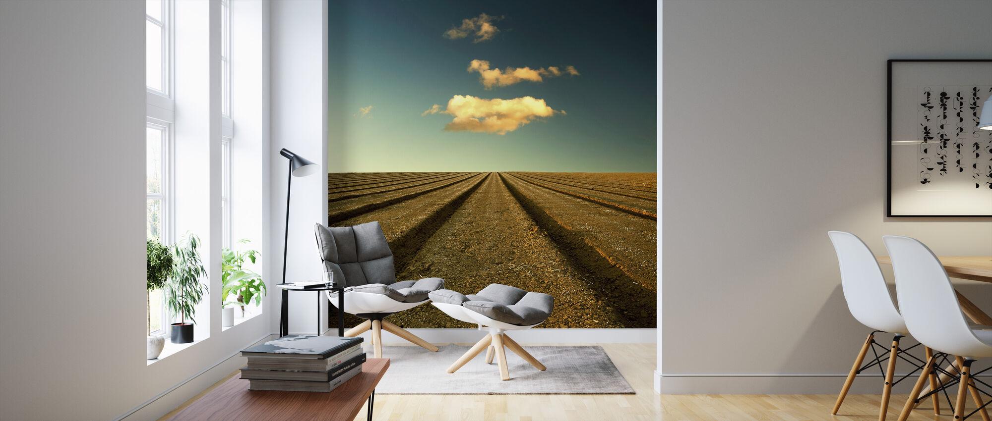 Geploegd veld en lucht - Behang - Woonkamer