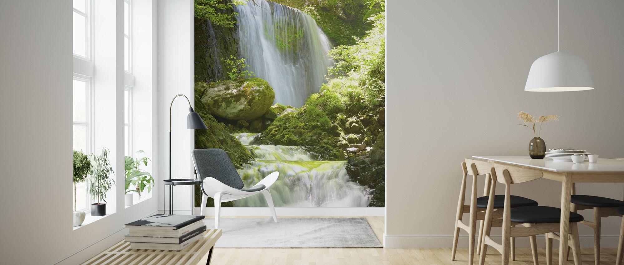Koromonotaki-watervallen - Behang - Woonkamer