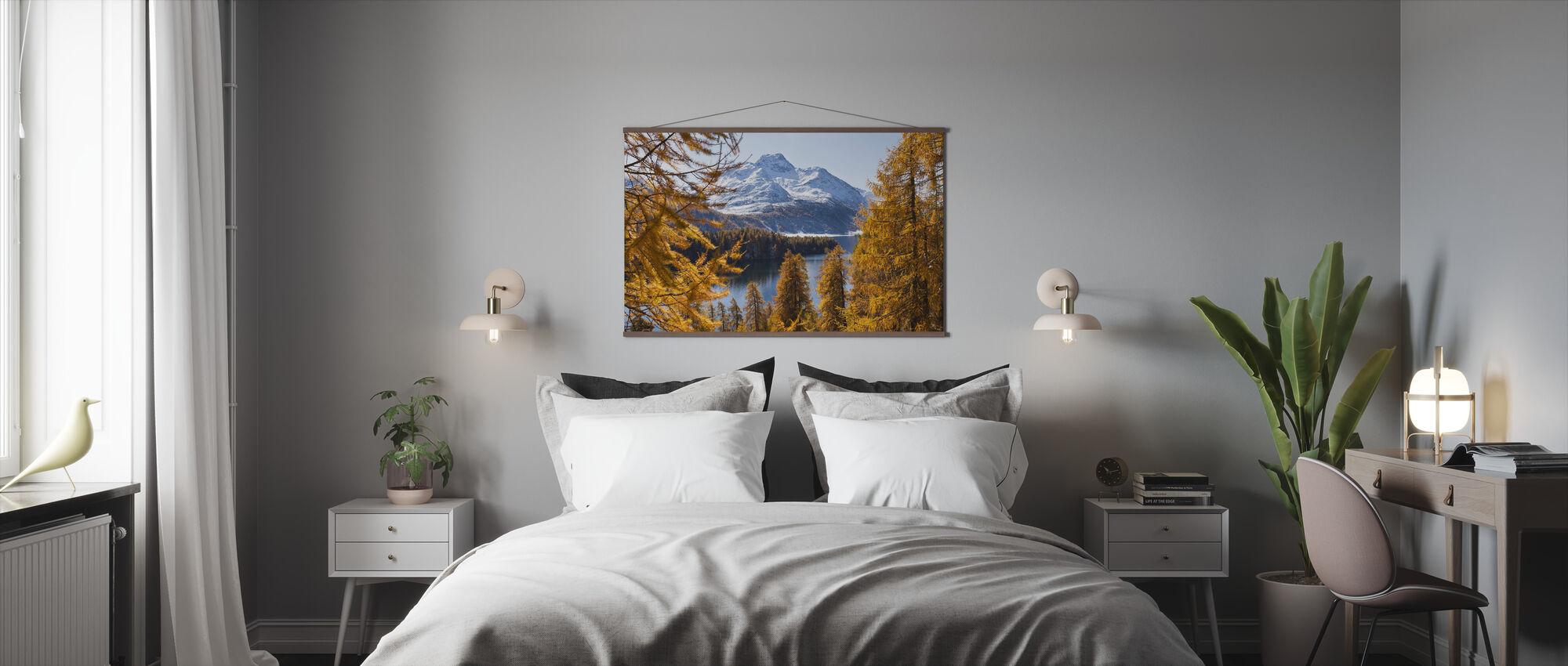 Schweiziske lærketræer - Plakat - Soveværelse