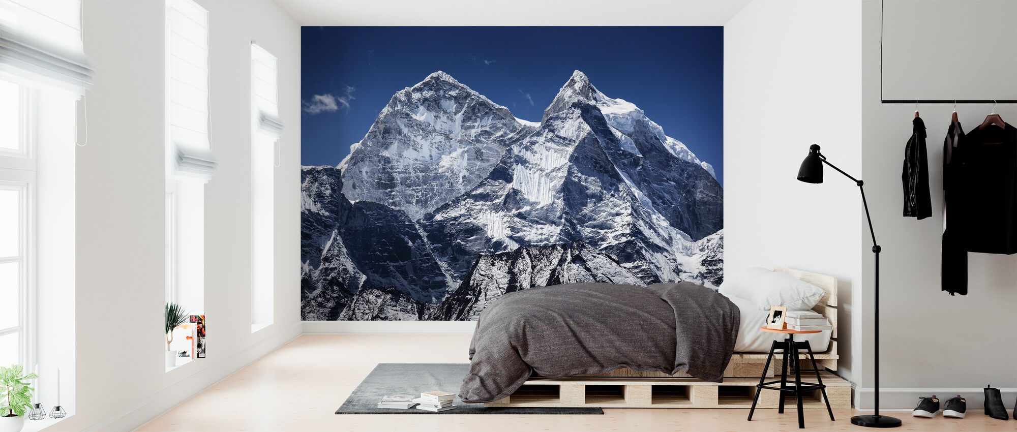 Thamserku Peaks - Wallpaper - Bedroom