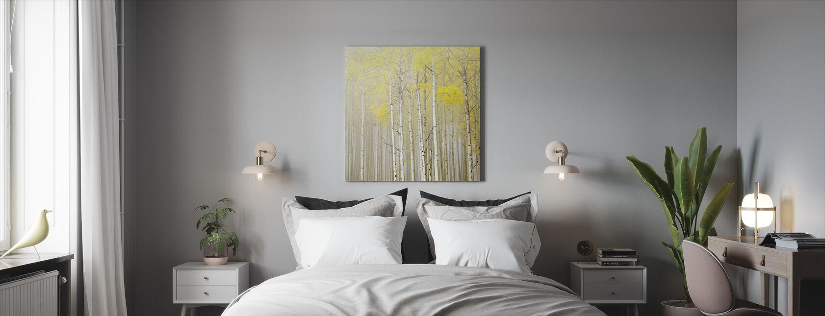 Aspens sumussa - Canvastaulu - Makuuhuone