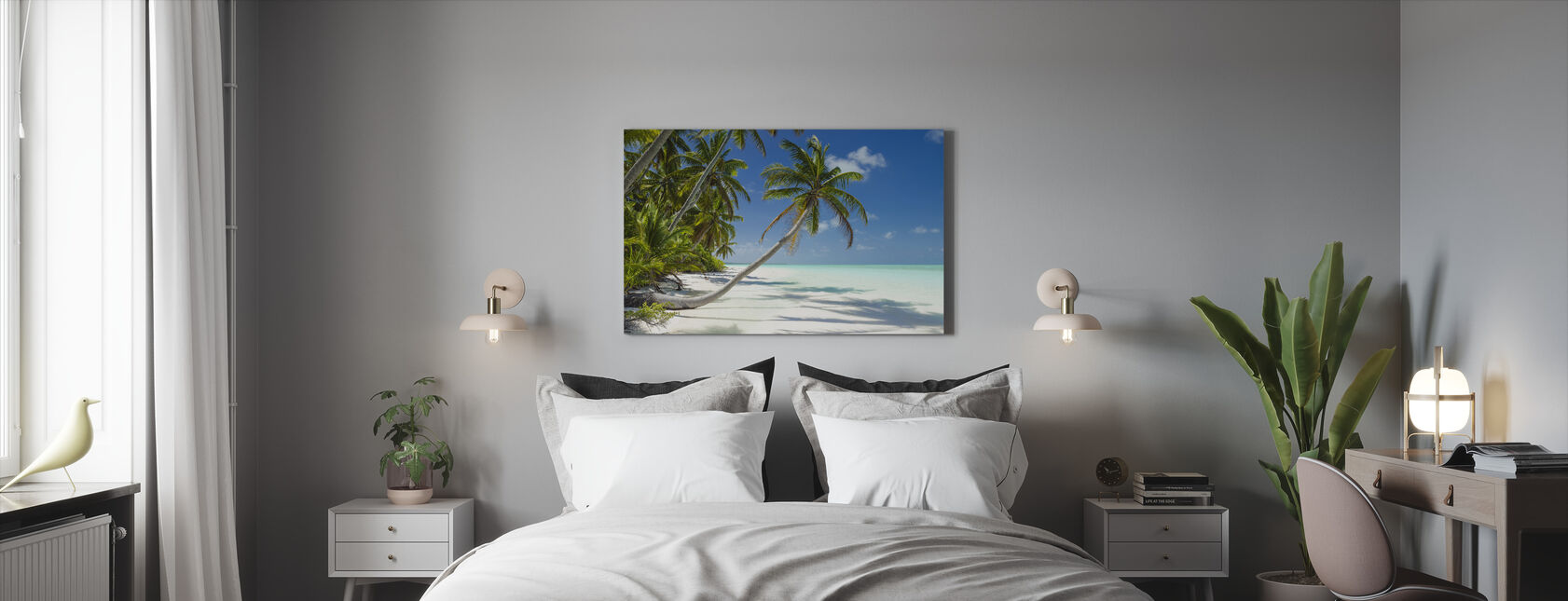Lagoon and Palm Trees - Canvas print - Bedroom