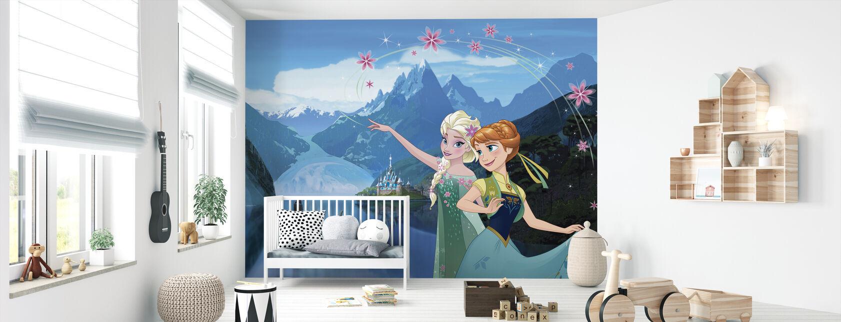 Jäätynyt kuume - Elsa ja Anna - Tapetti - Vauvan huone
