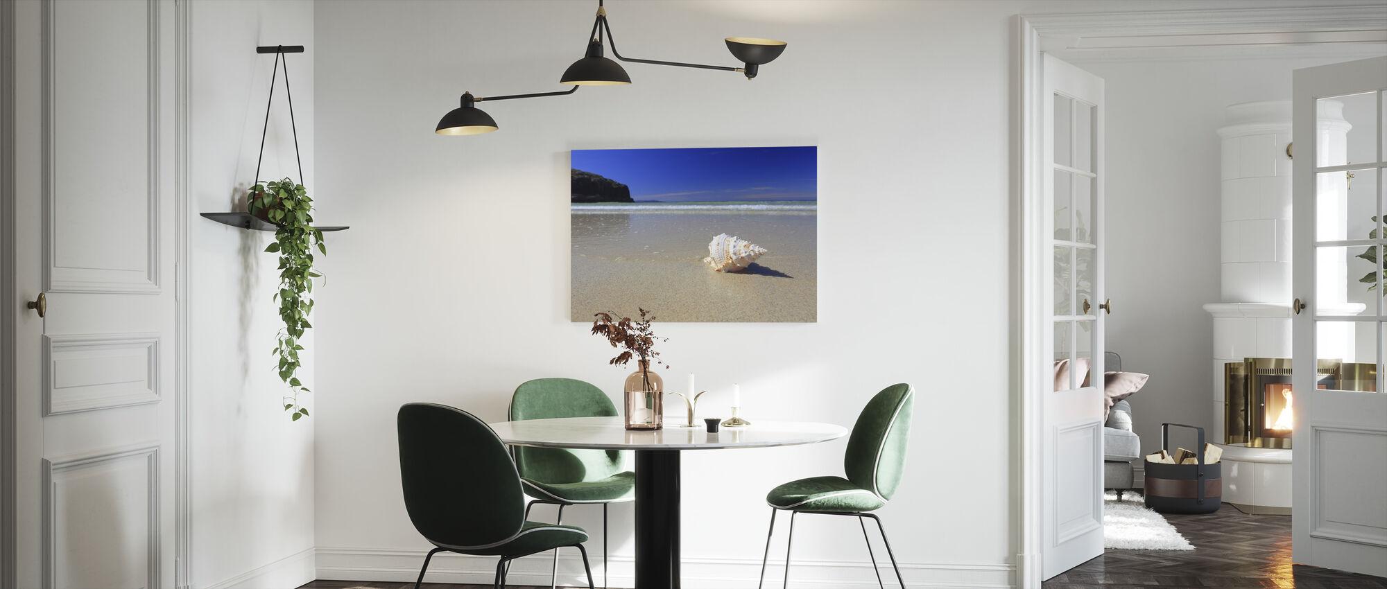 Schelp op strand - Canvas print - Keuken