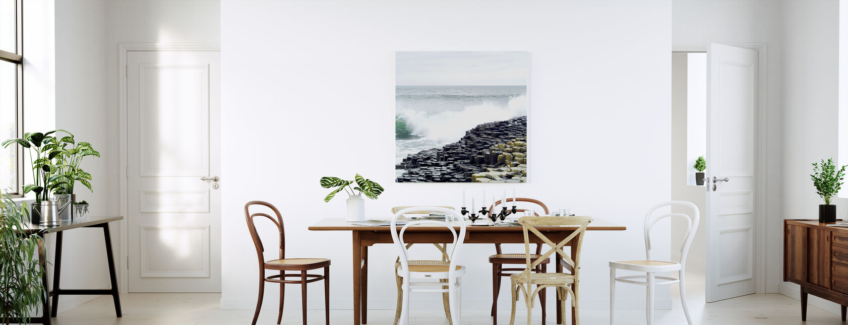 Waves Crashing in Giants Causeway - Canvas print - Kitchen