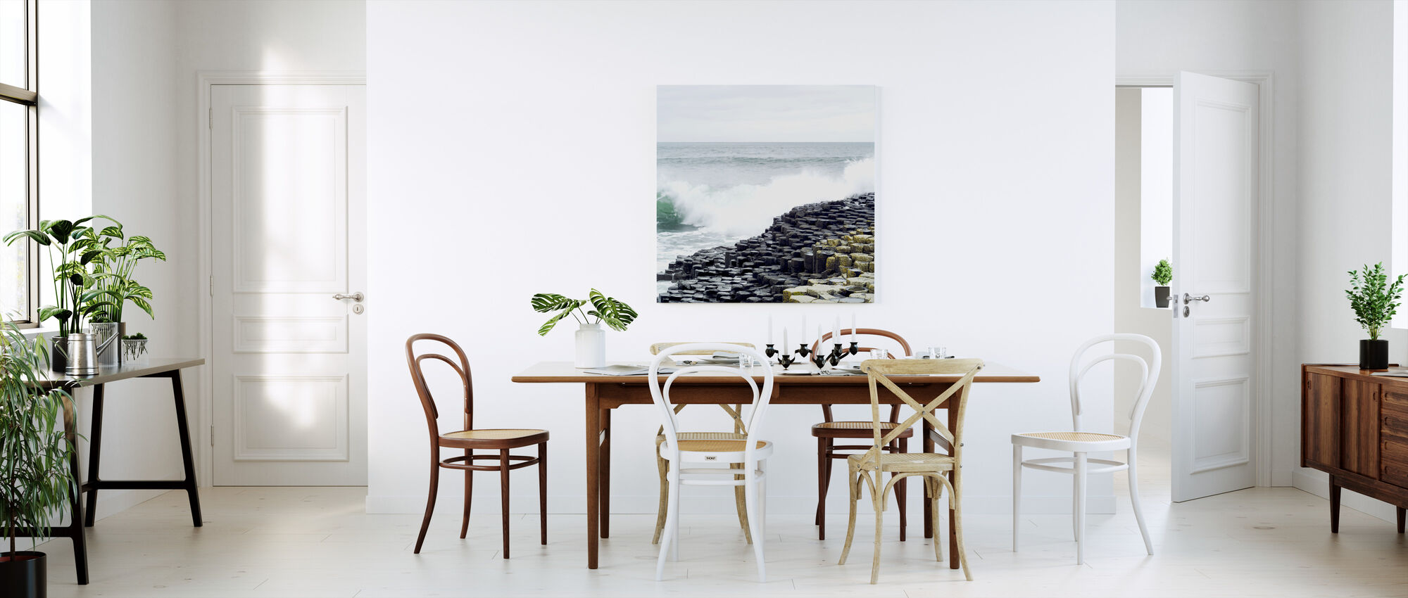 Waves Crashing in Giants Causeway - Canvas print - Kitchen