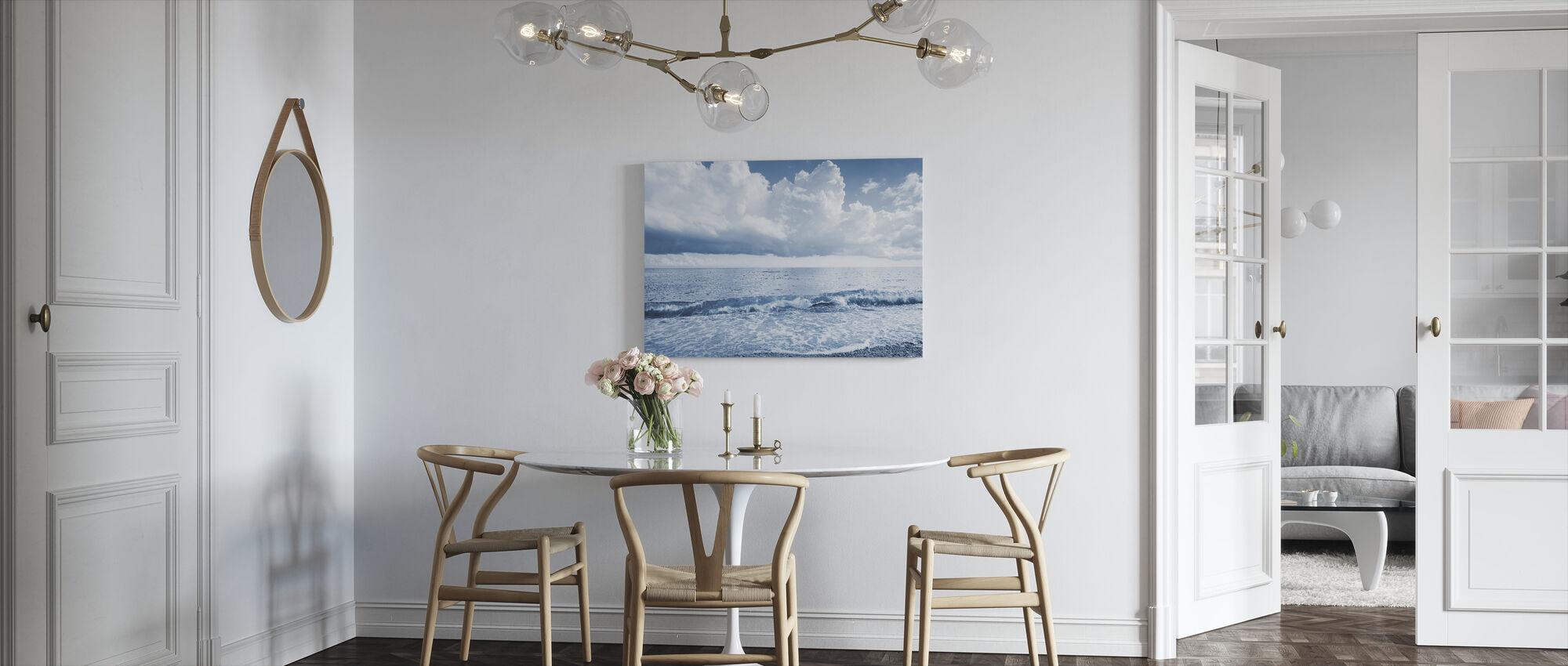Meri ja dramaattiset pilvet - Canvastaulu - Keittiö