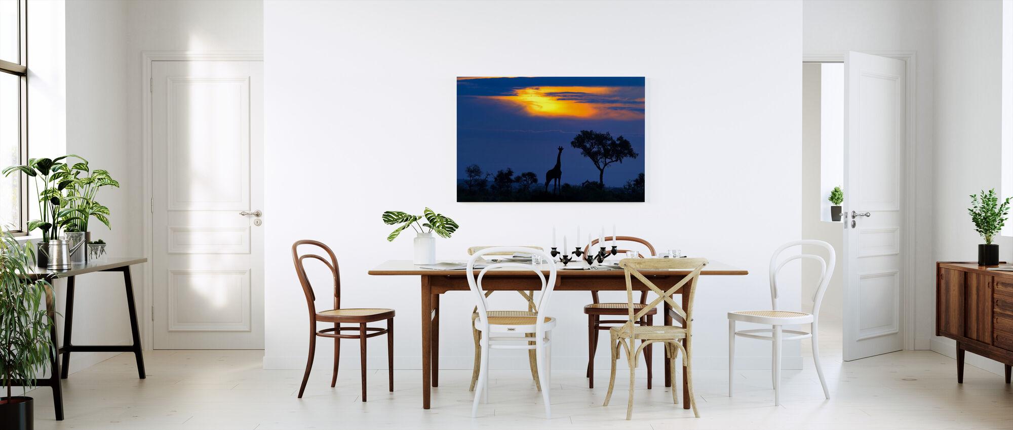 Kirahvi Sunset - Canvastaulu - Keittiö