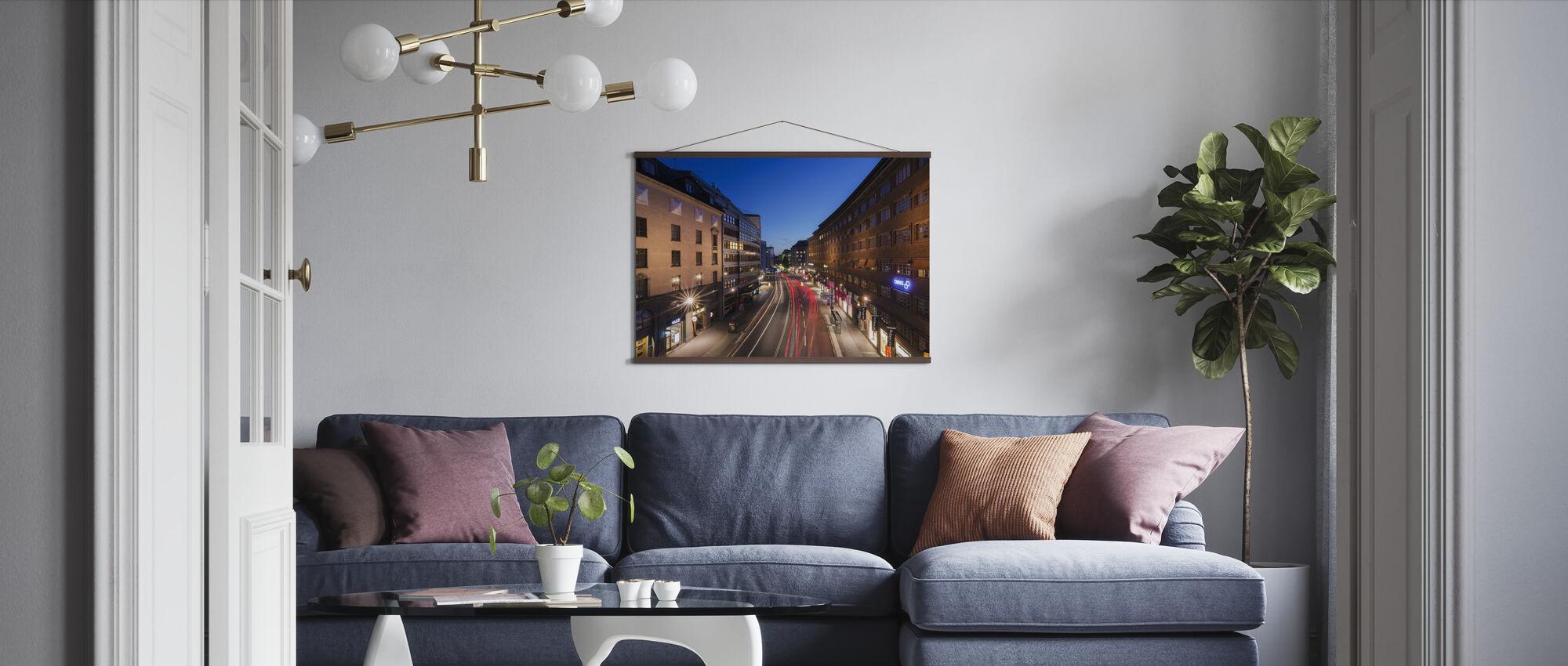Ljus ränder på Kungsgatan - Poster - Vardagsrum
