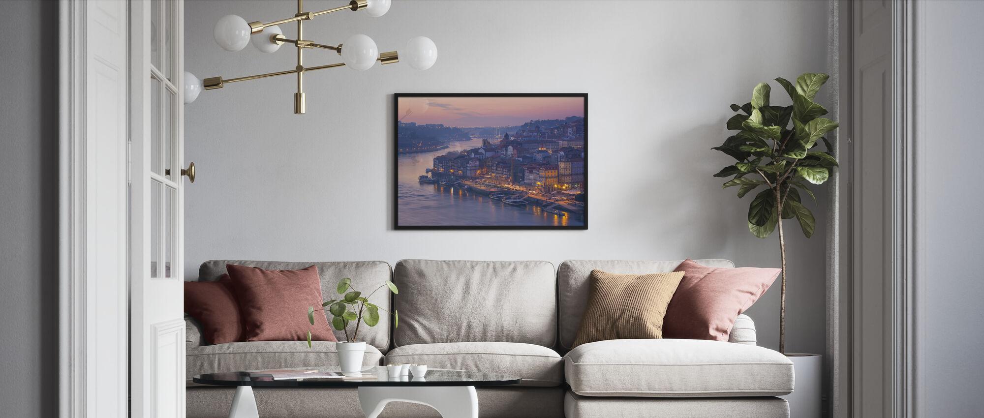 Solnedgang i Porto City - Innrammet bilde - Stue