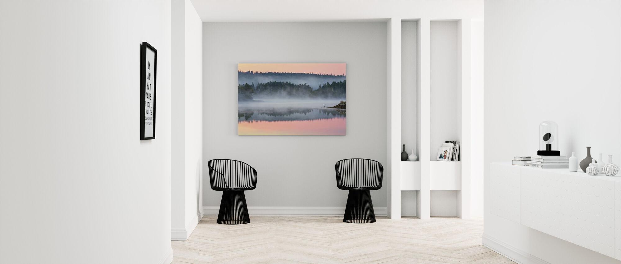 Valkoiset saari aamunkoitteessa - Canvastaulu - Aula