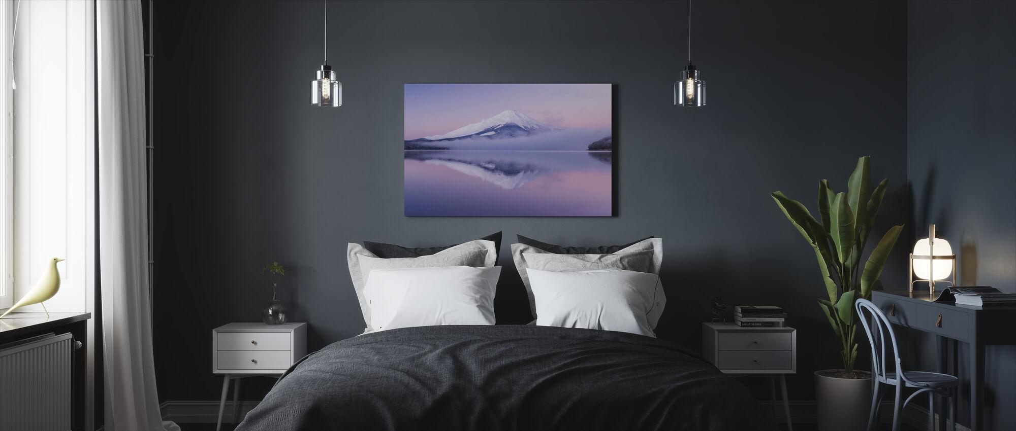 Aamu Veil - Canvastaulu - Makuuhuone