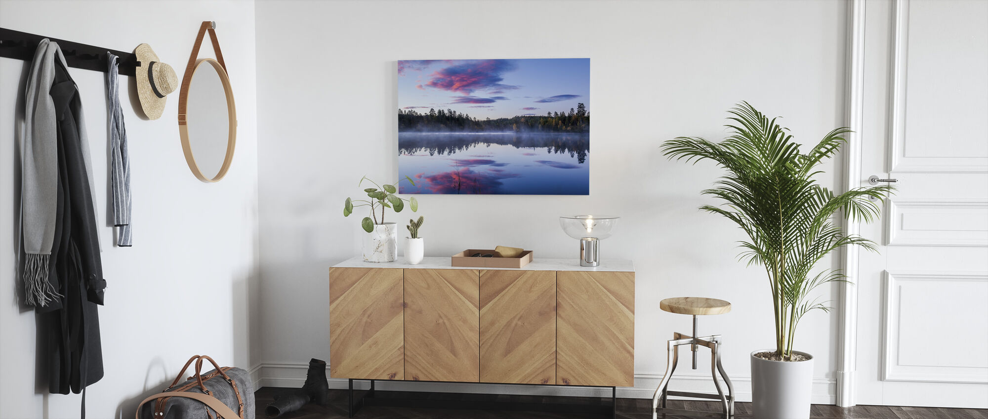 Norwegian Morning - Canvas print - Hallway