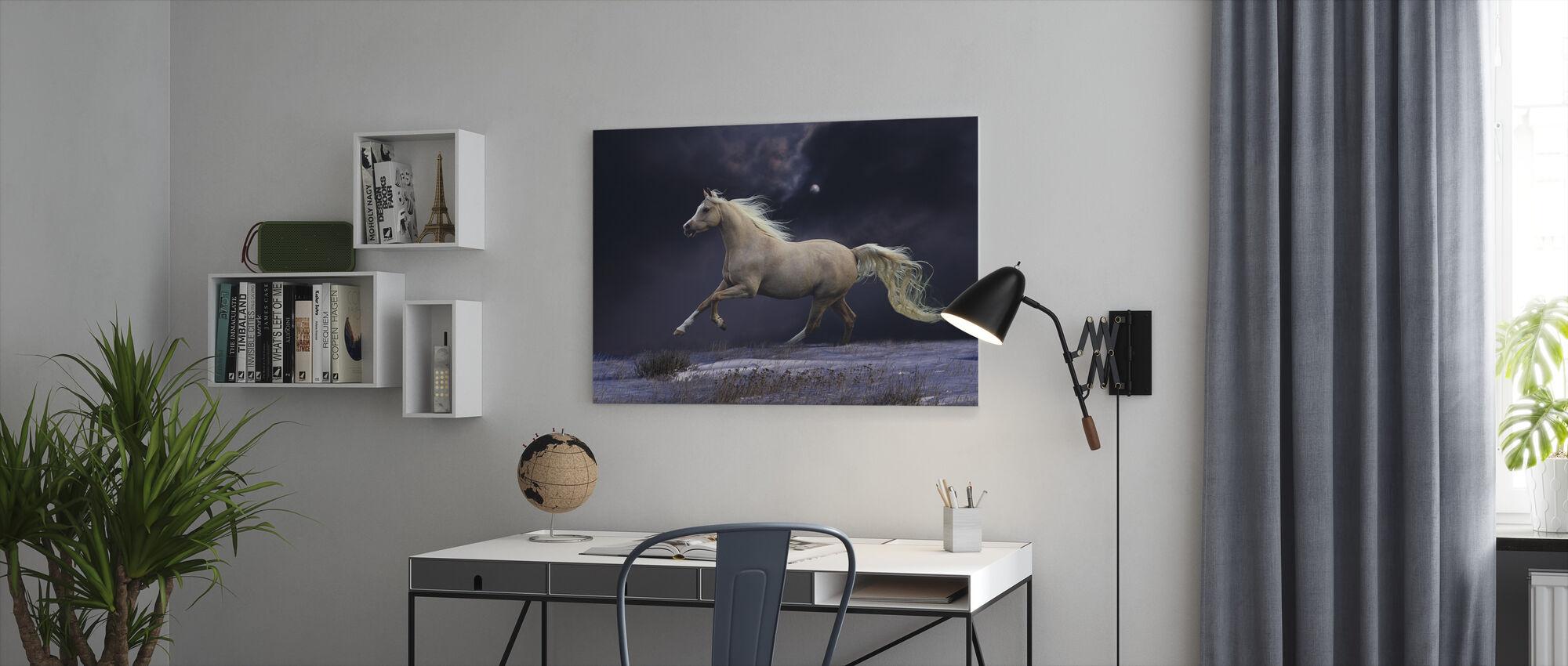 Häst i månsken - Canvastavla - Kontor