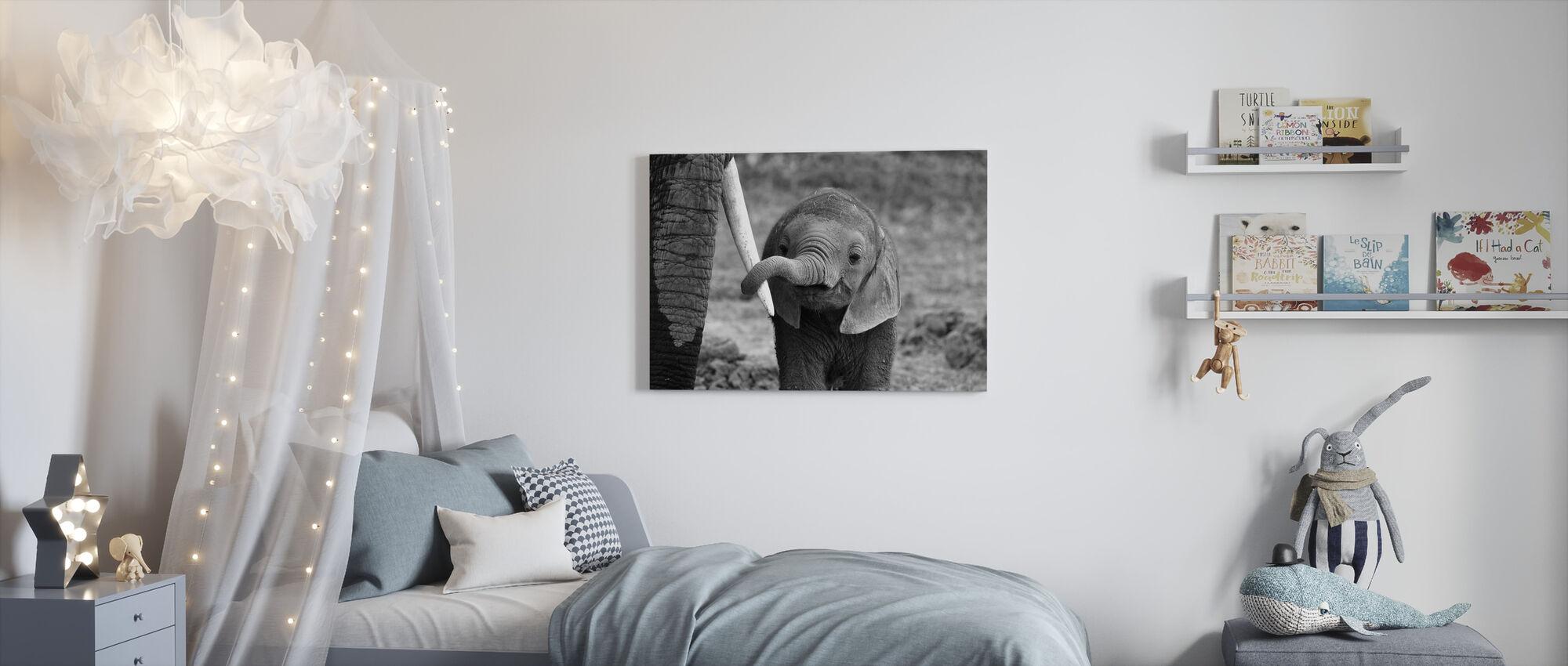 Close - Canvas print - Kids Room