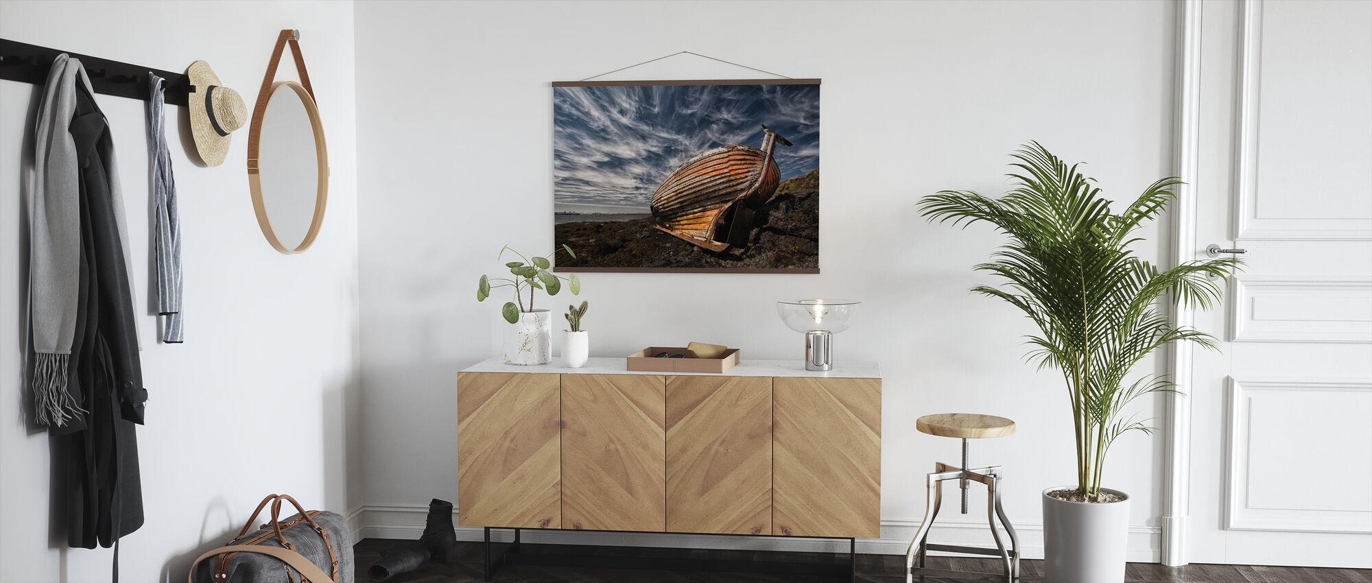 Stern Boat - Poster - Hallway