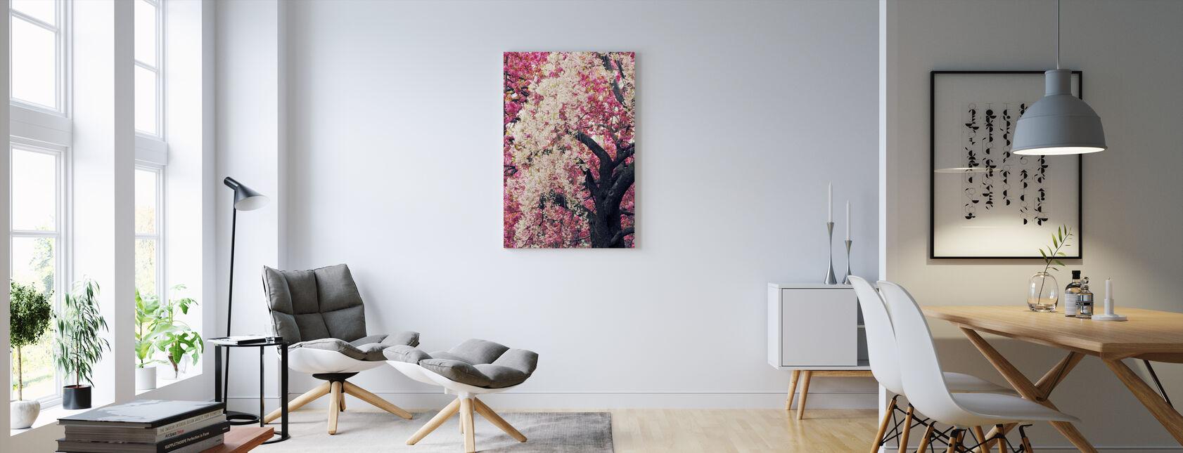 aasialainen kirsikka - Canvastaulu - Olohuone