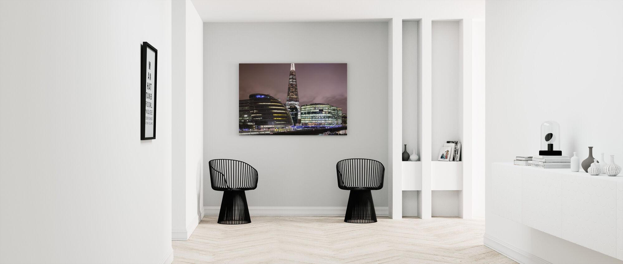 London Architecture - Canvas print - Hallway