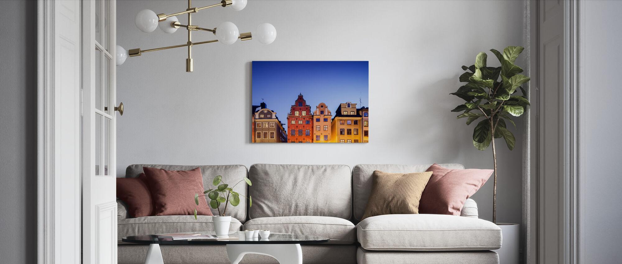 Bygninger i Stockholms gamle bydel - Billede på lærred - Stue