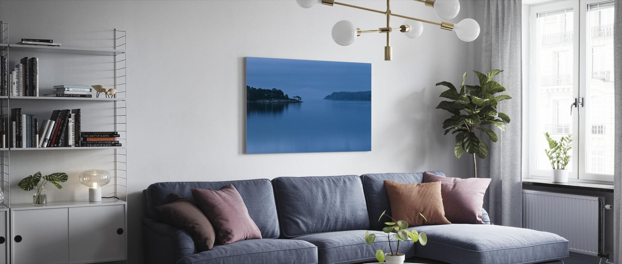 Skymning i Stockholms skärgård - Canvastavla - Vardagsrum