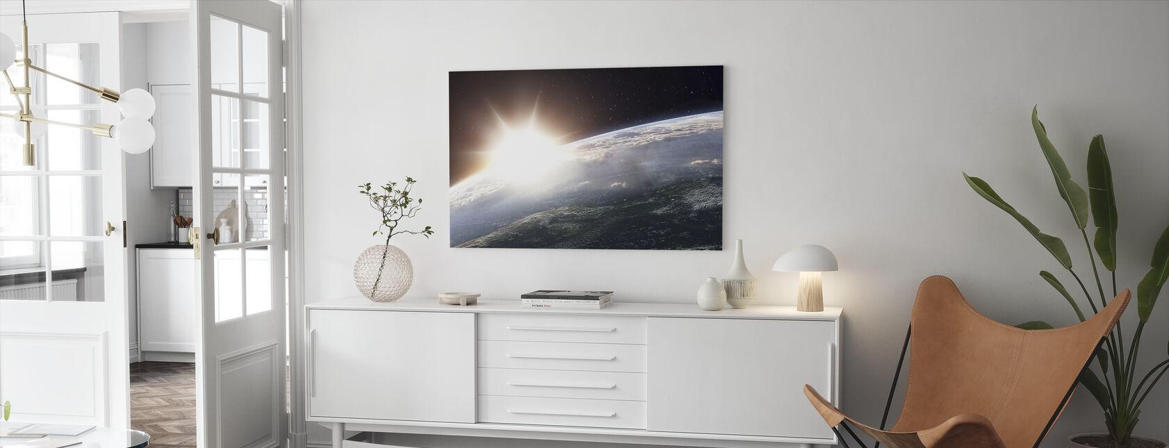Aurinko yli maan - Canvastaulu - Olohuone