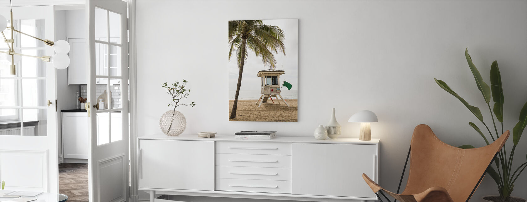 Green Flag on Florida Beach - Canvas print - Living Room