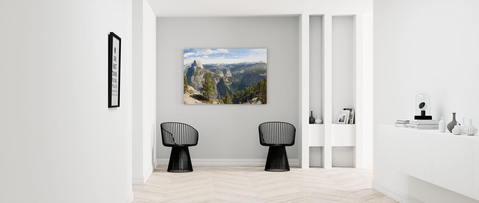 Yosemite park, California - Canvas print - Hallway