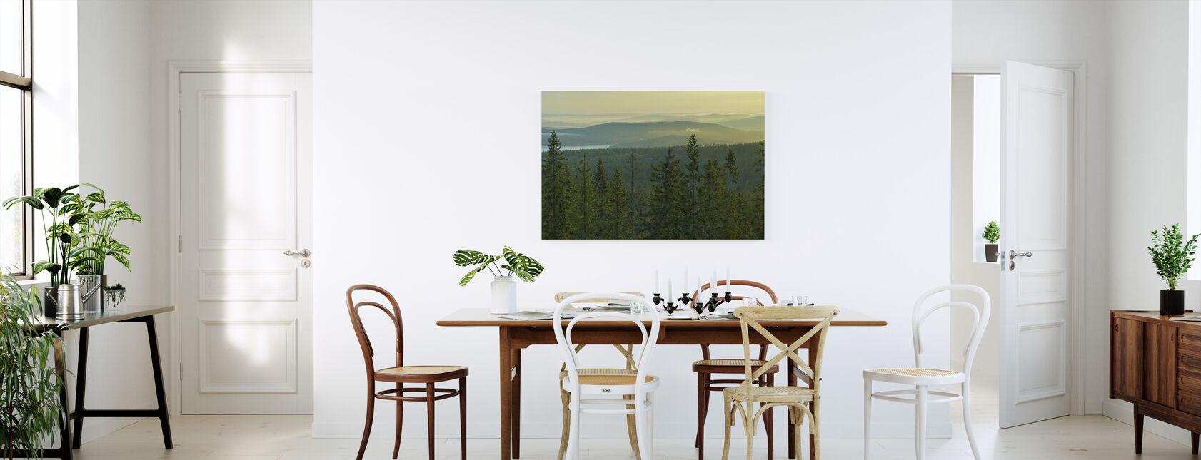 Grantoppar i Skuleskogen Nationalpark, Sverige - Canvastavla - Kök