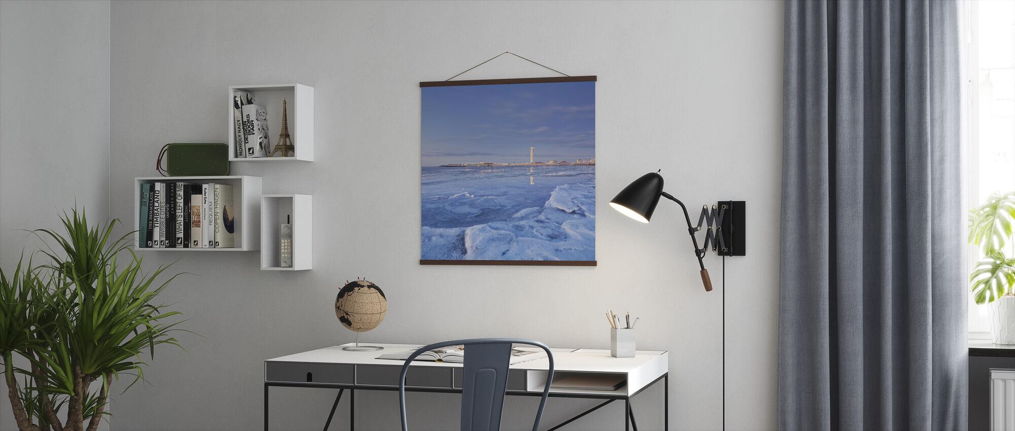 Turning Torso, Malmö Skyline - Poster - Office