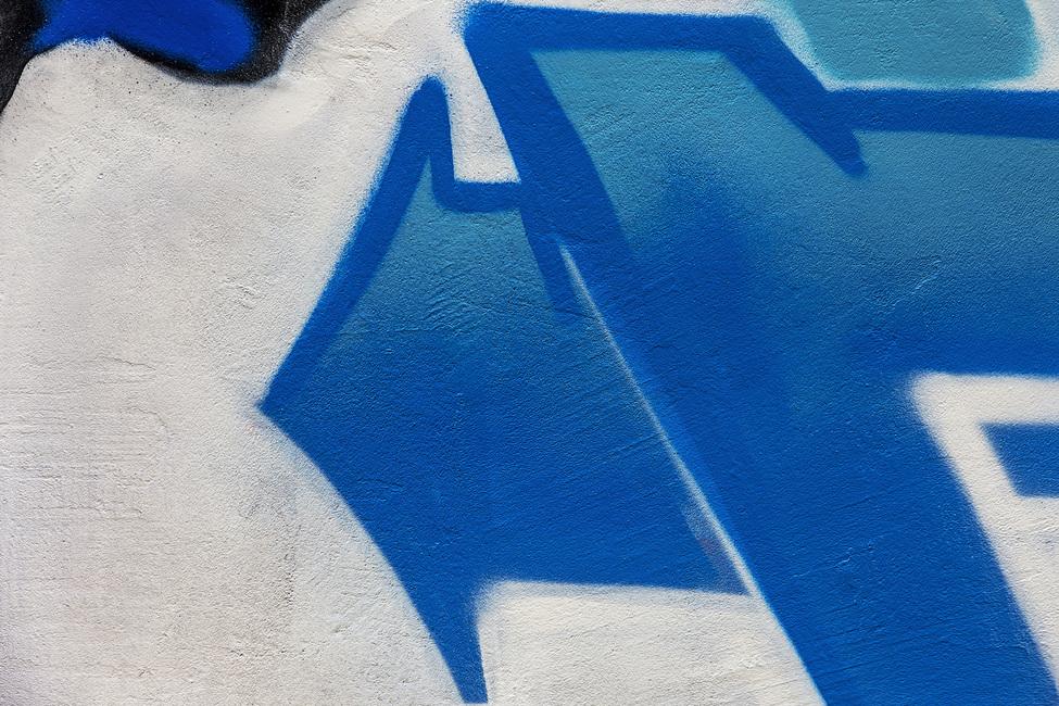 Blue Arrow Graffiti Fototapeter & Tapeter 100 x 100 cm