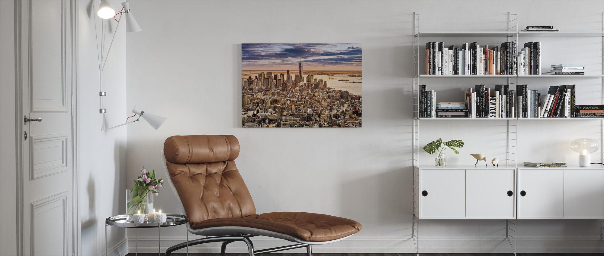 New York Panorama före solnedgången - Canvastavla - Vardagsrum
